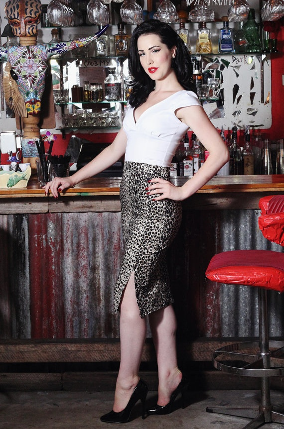 Pinup rockabilly leopard print pencil skirt - Hola Chica Clothing
