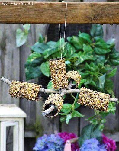 Comedero para pájaros reciclado de Play from Scratch