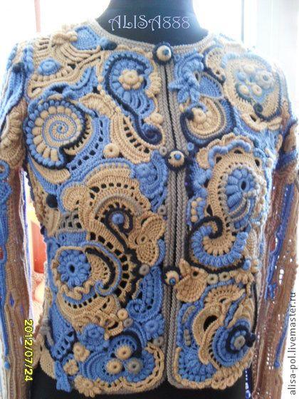 Жакет `Гжельские мотивы`. Жакет связан крючком в технике фриформ., работу можно выполнить в любой цветовой гамме. Спинка комбинированная,джинсовая ткань+вязаная вставка.По желанию заказчика спинку можно выполнить вязаную.