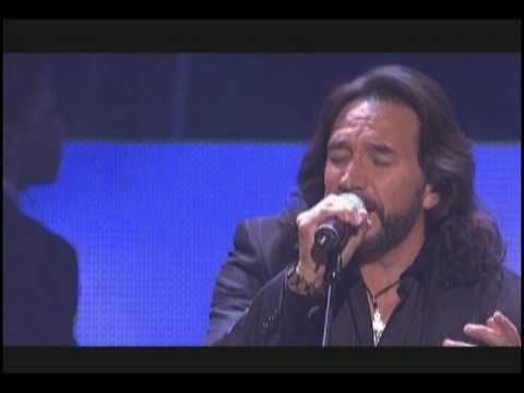 Music video by Marco Antonio Solís performing Amor En Silencio. (C) 2008 Fonovisa Records