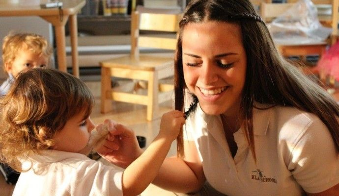 KLA School of Brickell is an elite Daycare in Miami that organizes enterprising programs for fostering social and creative development of children. Refreshing activities and experiences are offered here.