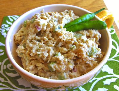 Mock Tuna Salad--quick, easy, and fish-free! Vegan, gluten ...