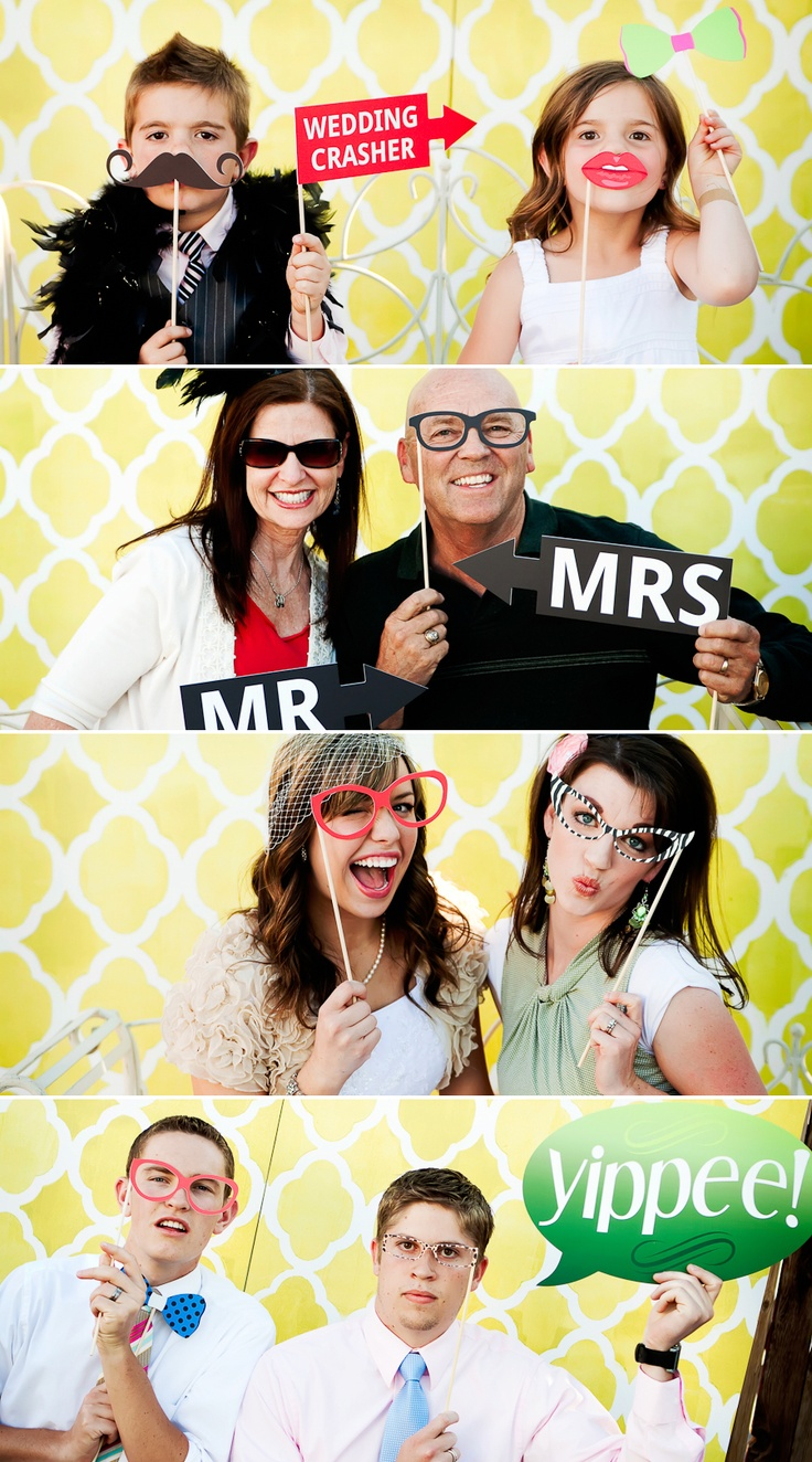great idea for photo booth props, back drop and love the wired love seat