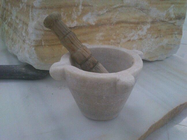 Cl sico mortero realizado en m rmol blanco de macael el for Marmol blanco turco caracteristicas
