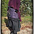 ma tenue du jour une veste redingote velours à fines rayures tablier ancien coton revisité une robe chaude un jupon ...