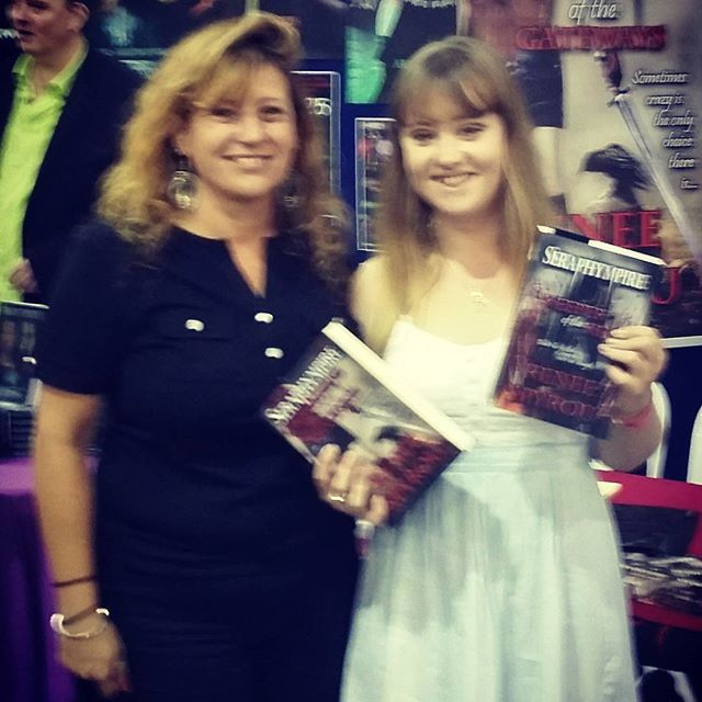 A big thank you goes out to all the people who purchased my #Seraphympire #novels @ the #Brisbane #Supanova2016 last weekend. I #love #BookSigning events, because meeting & talking to new people makes what I do all the more special. Thank you again, I hope you enjoy reading my books. 😆❤ 📖📚