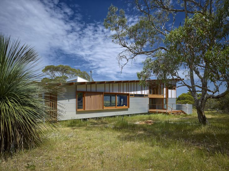 Residential Architecture – Houses (New) Commendation – Waitpinga Retreat by Mountford Williamson Architecture. Photo by Phillip Handforth.