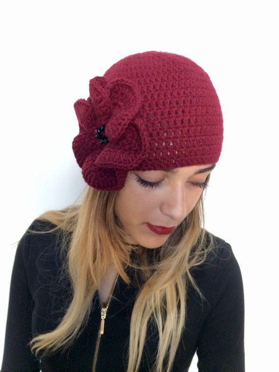 Cappello cashmere Bordeaux con fiore a uncinetto, regalo per Natale festa della mamma compleanno sorella moglie amica Per pelle sensibile