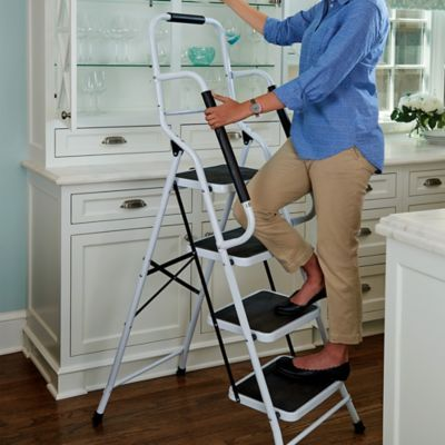 Grab what you're reaching for easily and securely with these sturdy 4-step and 3-step safety ladders. Includes spongy support handrails for a more secure grip.