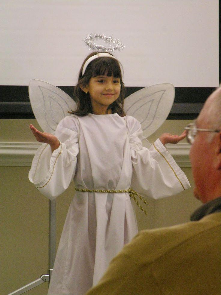 Christmas Around the World and Hanukkah Too: A Montessori Approach {Confessions of a Montessori Mom} #Montessori #Holidays