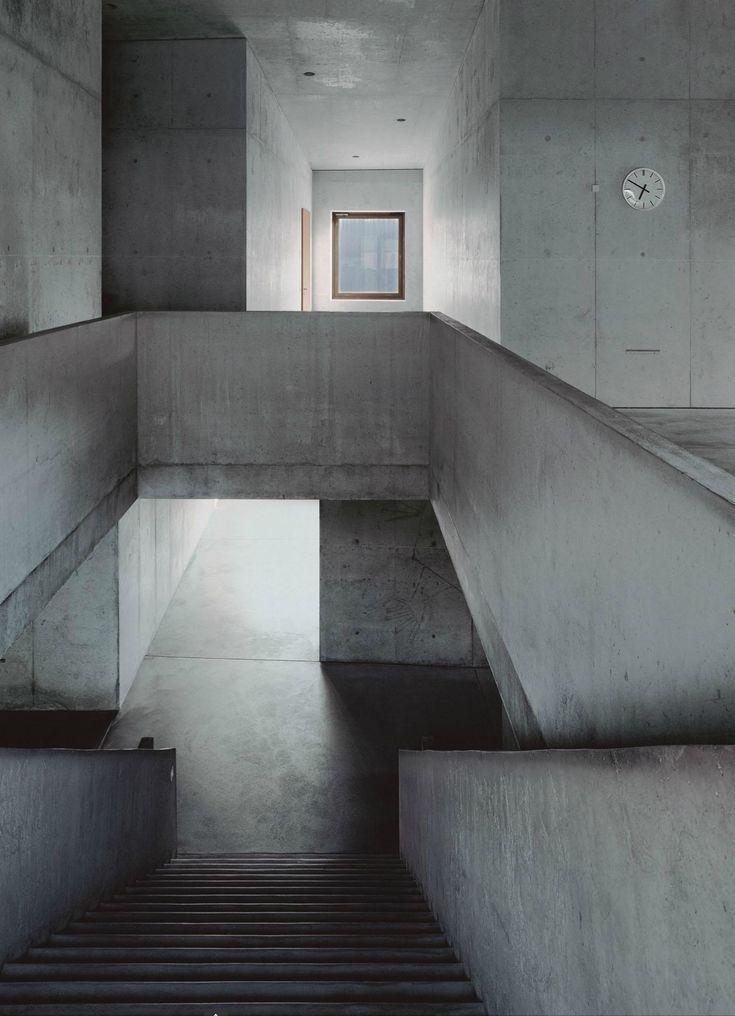 Valerio Olgiati – School, Paspels 1998 | bric.k tank