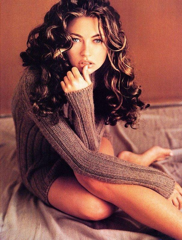 Curls....Rebecca Gayheart