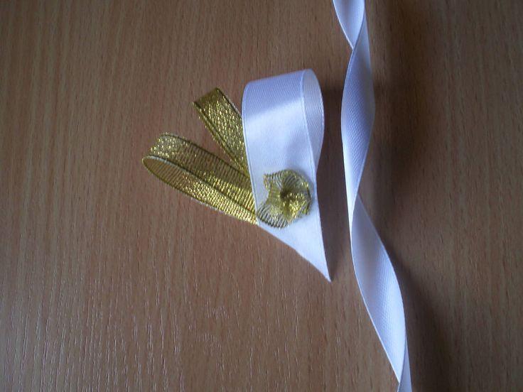 svadobné pierko srdiečko-zlaté