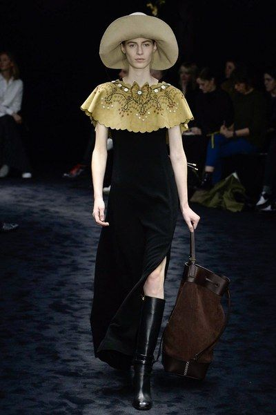 Loewe Fall 2017 Ready-to-Wear Collection Photos - Vogue