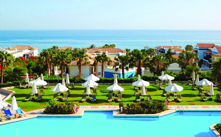 Aldemar Royal Mare is a 5* resort in Hersonissos, Crete, featuring all the facilities and comforts you expect from a luxury hotel.