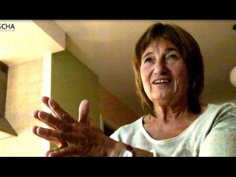 PARTNERSKÉ VZTAHY A KARMICKÁ ZATÍŽENÍ – Eva Puklová (domácí rozhovor s Igorem Chaunem, 18. 12. 2014) - YouTube