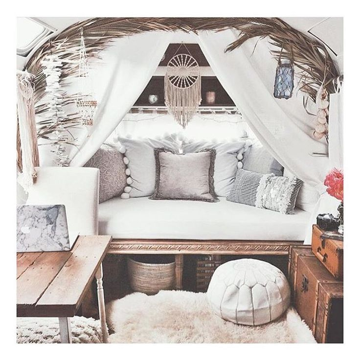 Double tap if you'd love to go road tripping in this airstream  #bohostyle pic via @bohobyash