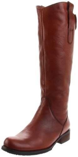 """These boots are made of great leather and comfortable. I wear them with thick socks and they are perfect. I'm 5'6"""" and the boot is tall enough. I ordered the olive color. Was hoping it would be more green...looks like a really dark brown with slight green undertone. Still a good alternative color if you're not looking for brown or black boots."""