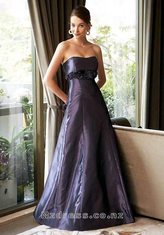 Product Description    Item:NSBD-047    Shipping Weight:2kg    This  kind of bridesmaid dresses features elegant design. There are flowers and beads decorated around the dress. The real goods will  be 95% matched with the photo.Silhouette: A Line Neckline: Strapless Waist: Empire Hemline / Train: Fl