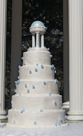 Used to stare at this cake in window...