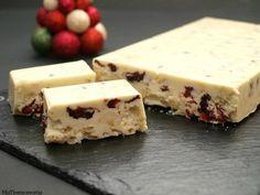 Turrón de chocolate blanco con arándanos y avellanas - MisThermorecetas Canviar les chococrispies per neules