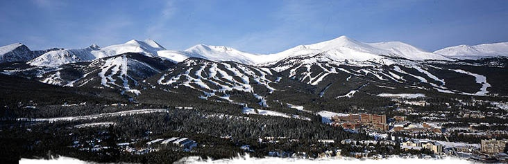 Breckenridge, CO. Imperial Express Superchair (12,998 ft) to George's Thumb. Now that's skiing.