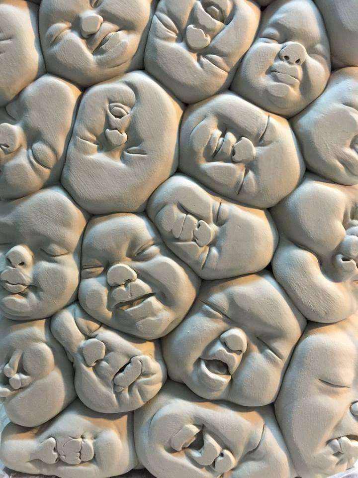 Tu recepcja - Ceramic Sculptures by Johnson Tsang
