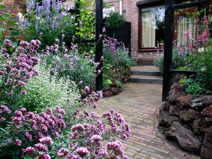kleine, romantische tuin