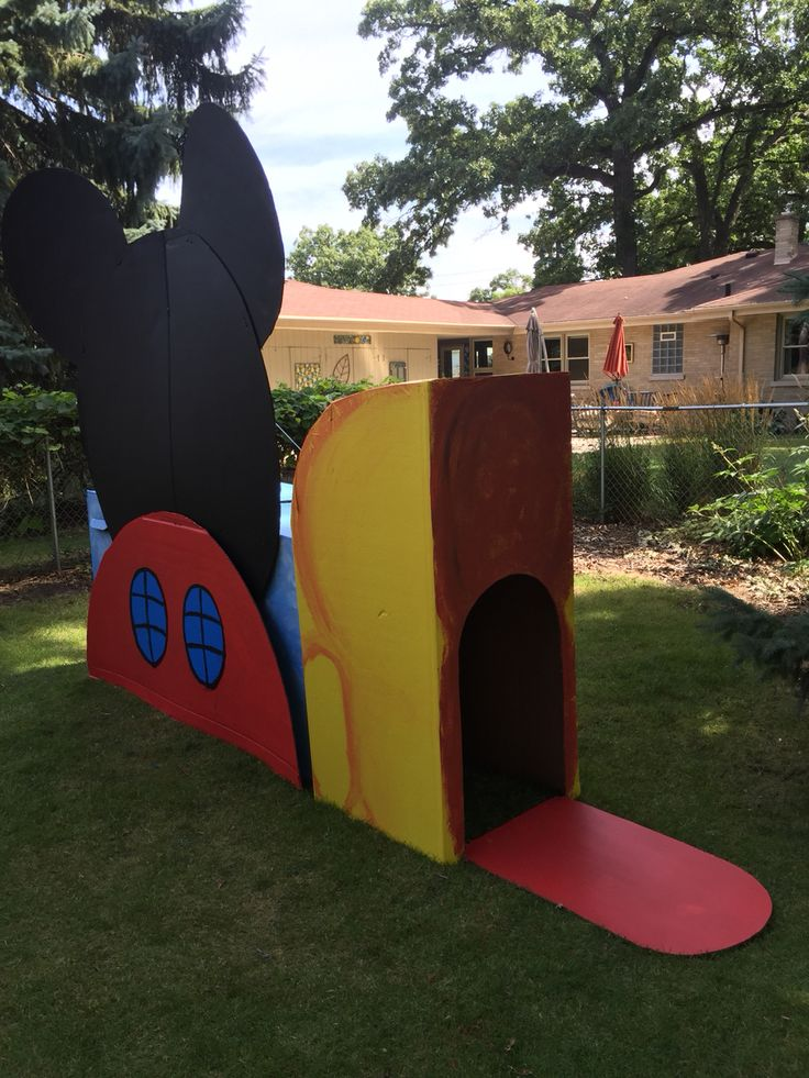 Cardboard Mickey Mouse Clubhouse