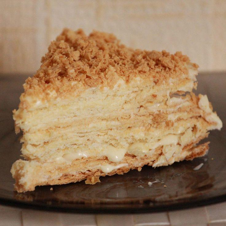 Торт «Наполеон» с кремом из сгущенного молока