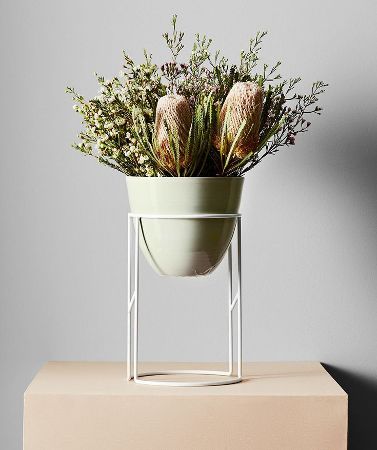 Boheme Pots are individually handcrafted in Melbourne from hand-glazed stoneware. For flexibility, a subtle flat base allows the pot to free-stand on flat surfaces making it the perfect companion for your desk, kitchen or coffee table.  | huntingforgeorge.com
