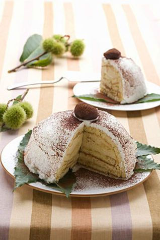 Zuccotto di castagne e mascarpone Lo zuccotto è un tipico dolce della tradizione culinaria fiorentina. Qui nella variante con castagne e mas...