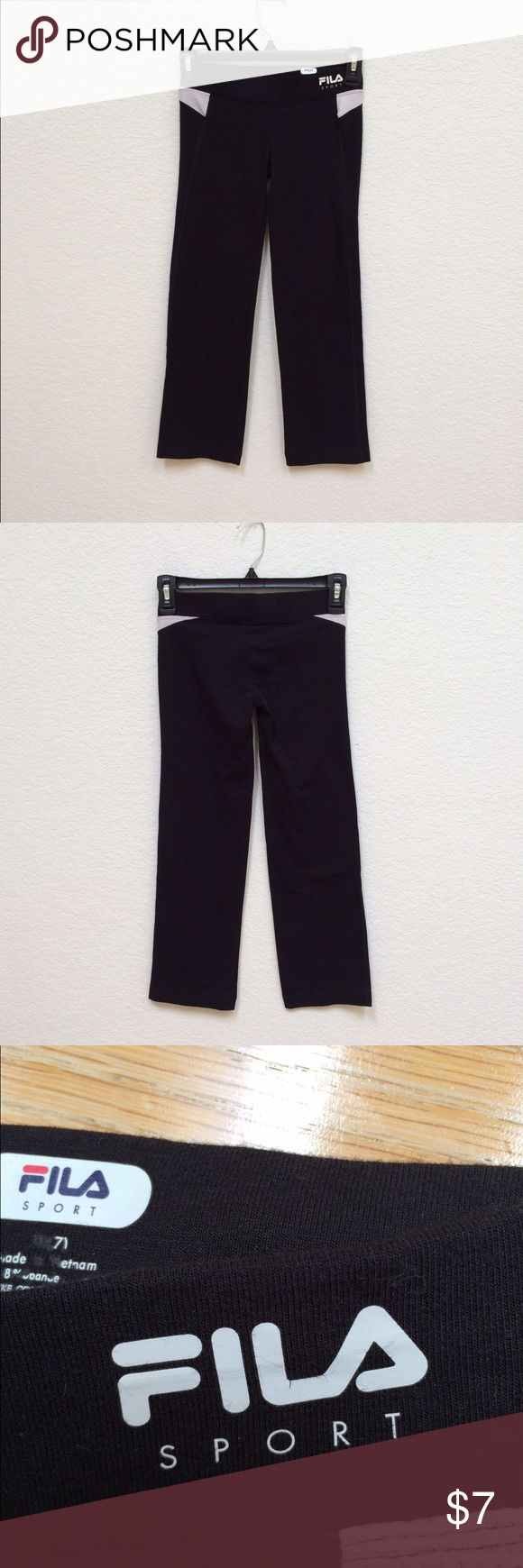FILA Cropped Bootcut Leggings slightly flares out at the end, bundle friendly! Fila Pants Leggings