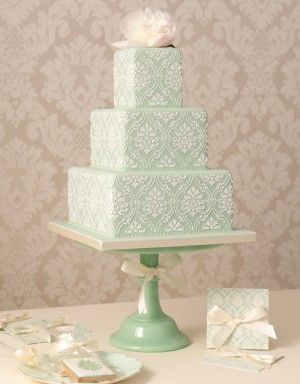 How many Hydrangea Sugar Flowers does it take to make a Wedding Cake? | Around the World in Eighty Bakes