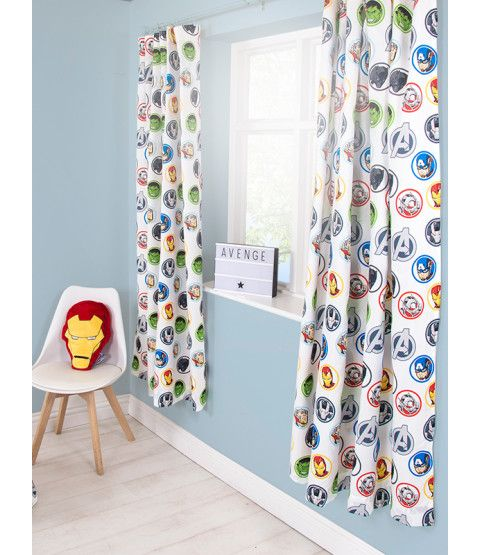 These Marvel Avengers Strong Curtains will add a finishing touch to any Avengers or superhero themed bedroom. The design features Black Panther, War Machine, Antman, The Hulk, Captain America, Thor and Iron Man. Free UK delivery available.