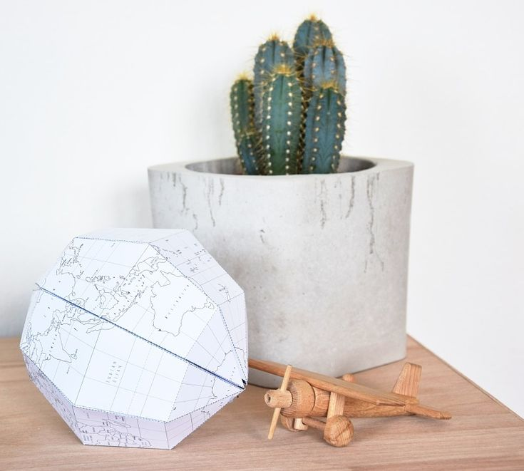 DIY výroba papírového glóbu jako dekorace. Najdete na tamarki.cz