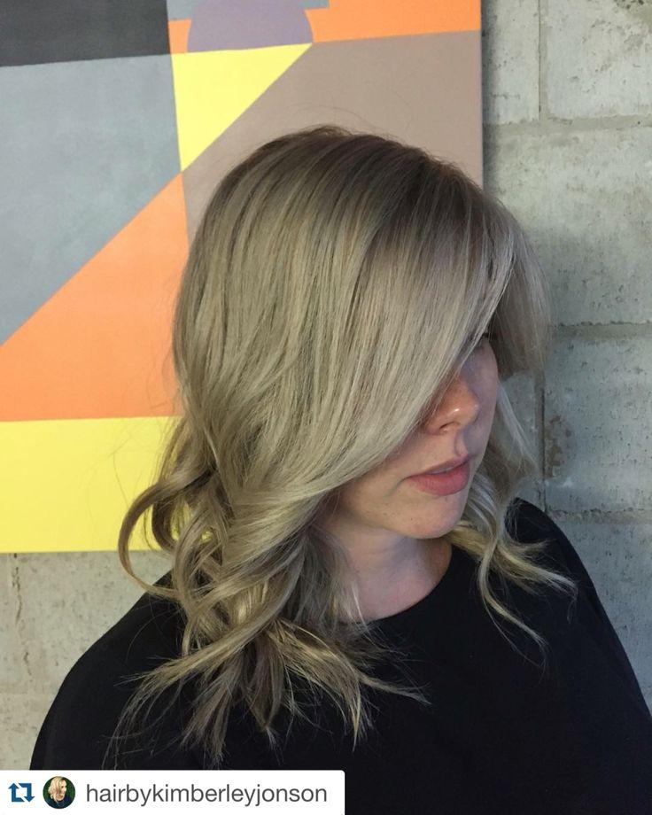 Ash blonde , olaplex , wavy hair, blonde hair  #olaplex #darkblonde #ashblonde @olaplex @rocaverde #rocaverde @delorenzo_haircare #delorenzo #delorenzohaircare