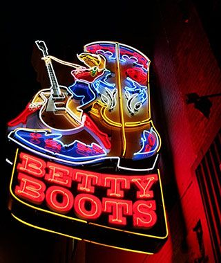 Cool Neon Signs around the World