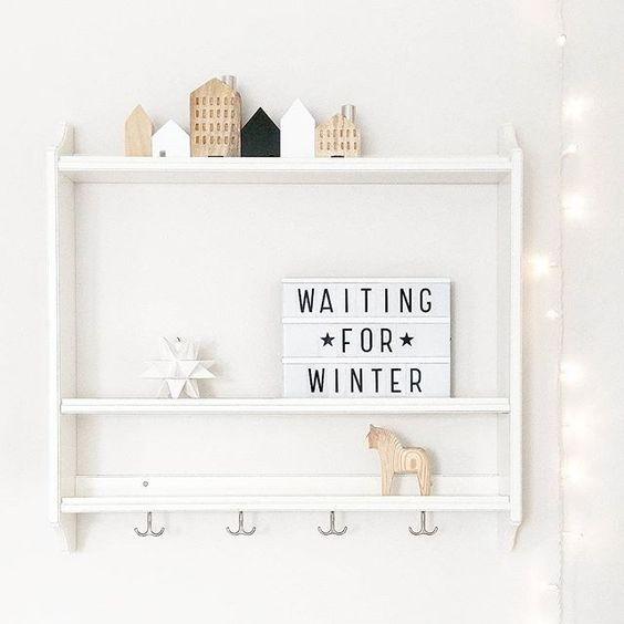 die besten 25 kindergarderobe mit ablage ideen auf pinterest ikea m lltrennung schuhschrank. Black Bedroom Furniture Sets. Home Design Ideas