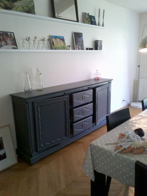 buffet rustique ancien après renovation, gris graphite-colours