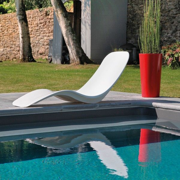 les 32 meilleures images du tableau buller autour de sa piscine sur pinterest bain soleil. Black Bedroom Furniture Sets. Home Design Ideas