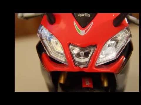 WELLY 1:18 Diecast APRILIA RSV4 FACTORY