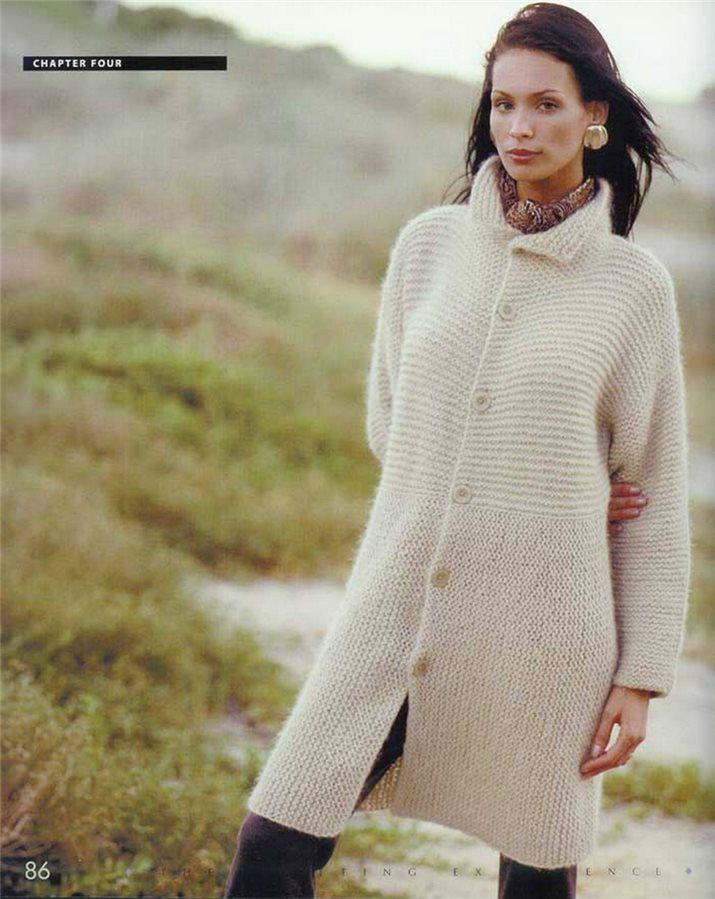 Простое вязание - пальто платочной вязкой