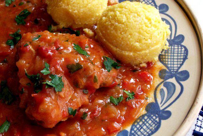 Retete Culinare - Tocanita de pui cu ardei si ceapa