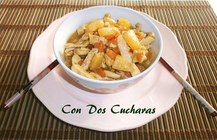 Receta de pollo con piña | ConDosCucharas.com