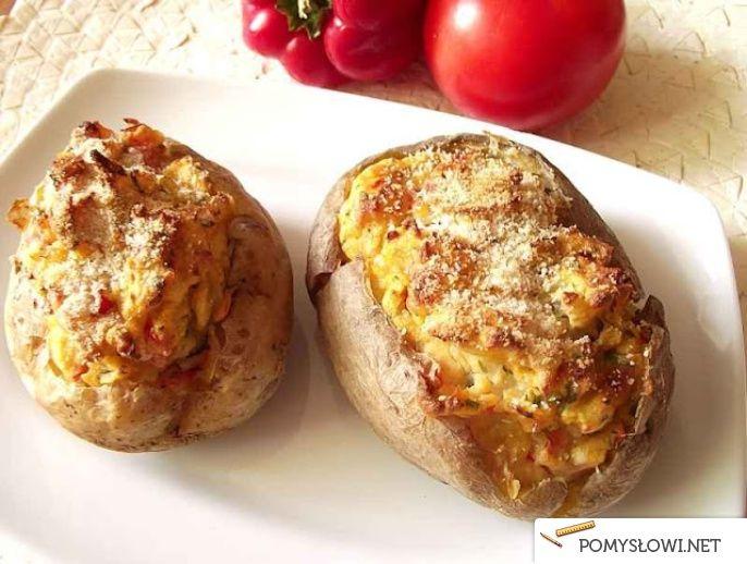 Ziemniaki faszerowane pomidorami i papryką - Pomyslowi.net
