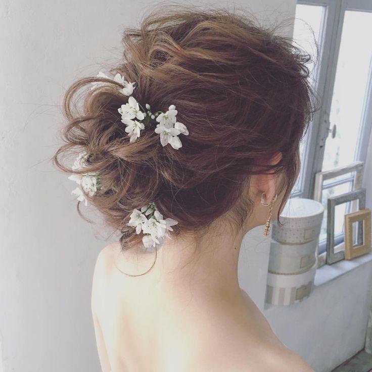 シルエットも大事✨ ・ ・ #ウェディングドレス  #ブライダルヘア  #プレ花嫁  #wedding  #weddingdress  #bridalhair