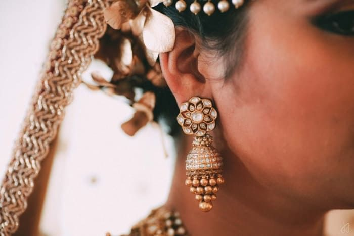 Jewellery - The Timeless Jewels! Photos, Muslim Culture, Beige Color, Bridal Makeup, Antique Jewellery, Polki Kundan Jewellery pictures, images, vendor credits - Malabar Gold And Diamonds, Shyamal and Bhumika, WeddingPlz