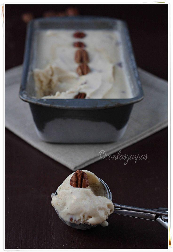 Helado de mantequilla tostada y pacanas {by Paula, Con las Zarpas en la Masa}