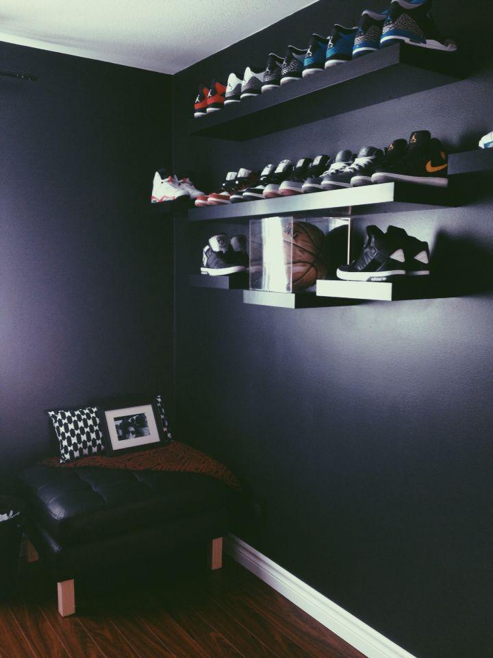 13 best Sneaker themed Bedroom images on Pinterest ...